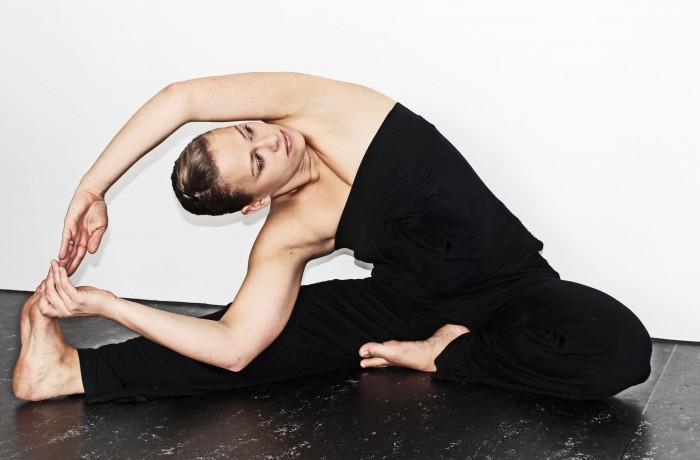 Eine Übung aus dem Hatha Yoga